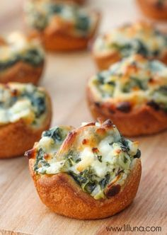 Spinach Dip Bites - so delicious and perfect for any party or get together. { lilluna.com }