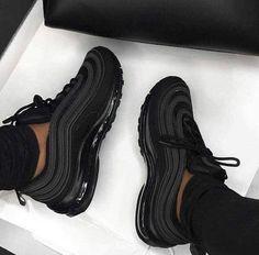 Cute Nike Shoes, Nike Air Shoes, Nike Socks, Black Nike Running Shoes, Nike Air Max Black, Black Sports Shoes, Nike Shoes For Sale, Nike Shoes Outfits, Jordan Shoes Girls