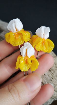Lampwork flower Beads by JewelryBeadsByKatie. Lampwork 3D Flower Iris Beads for jewelry making. Made to order 1 pcs 22x22 mm. Glass Jewelry making supplies and findings for earrings, bracelets, necklaces, brooches and hair jewelry #chicjewelry #flowersjewelry #beads