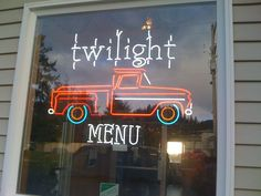 Pizza point in forks Twilight Saga, Forks, Vampire Diaries, Fangirl, Harry Potter, Pizza, Neon Signs, Mom, Places