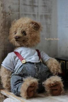 Big rumbling bear Michiel By Anzhelika Costin - Bear Pile Print Paper, Charlie Bears, My Teddy Bear, Boyds Bears, Tatty Teddy, Creepy Cute, Bunny, Beer, Dolls