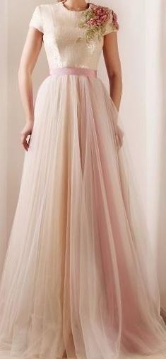 great dress ... very vintage feeling