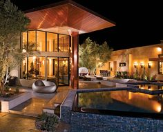 Las Vegas home with Apache Cloud flagstone