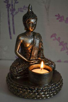 DECORATIVE ANTIQUE BRONZE MEDITATING THAI BUDDHA TEALIGHT CANDLE HOLDER ORNAMENT