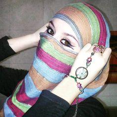 Follow @hajirkhan777 😍💖😘👸⚃😇⚃💖 Beautiful Muslim Women, Beautiful Hijab, Beautiful Eyes, Green Wedding Suit, Wedding Vows Examples, Niqab Fashion, Islam Women, Pinterest Girls, Muslim Beauty
