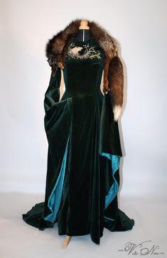 Sansa Stark Season 6 Direwolf Teal Velvet Cosplay Gown Game of Thrones Costume Dress – Volto Nero Costumes Game Of Thrones Dress, Game Of Thrones Costumes, Mode Costume, Costume Dress, Medieval Dress, Medieval Clothing, Sansa Stark Season 6, Sansa Stark Costume, Morgana Le Fay