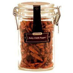 Acest continut de ardei iuti de la Savina va adauga un gust picant sosurilor dumneavoastra, salatelor sau mancarurilor cu peste si carne de pui. Poate fi folosit integral sau macinat pentru un surplus de aroma si savoare.