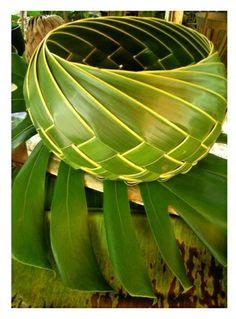 Pandanus leaf basket