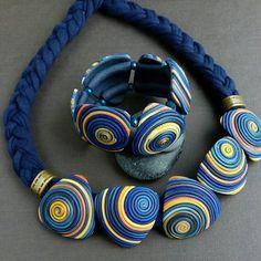 Сделано на заказ для Натальи. #назаказ #украшениеназаказ #синееколье #синий #кольеибраслет #полимернаяглина #украшения #shtuchka43 #polymerclayjewelry