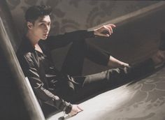 One word: HANDCUFF!!! ZHANG YIXING!!!! Lose Control official postcards scan by Universe_张艺兴资源博