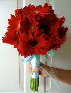 CBR215 Weddings riviera maya red gerber daisies bouquet/ bodas riviera maya ramo de gerberas rojas