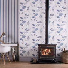 Graham & Brown Folklore Wallpaper - A folk-inspired autumnal leaf design gives the Graham & Brown Folklore Wallpaper its vintage feel. This wallpaper comes in a range of color options an...
