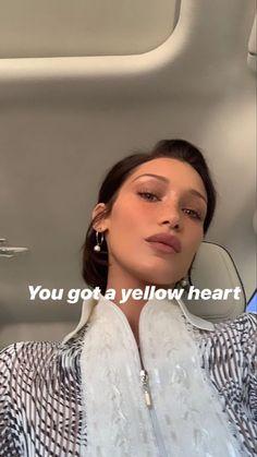 Bella Gigi Hadid, Bella Hadid Outfits, Bella Hadid Style, Img Models, Beauty Killer, High Class Fashion, Model Outfits, Just Girl Things, Vintage Girls
