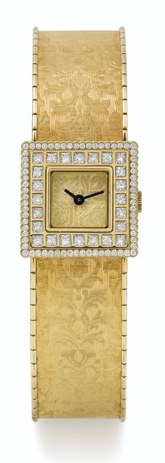 BUCCELLATI A LADY'S LIMITED EDITION YELLOW GOLD AND DIAMOND-SET SQUARE BRACELET WATCH CASE 4022 NO 001/100 AGALMACHRON MINI CIRCA 2010 • quartz movement • gilt dial finely engraved • 18k yellow gold square case, bezel highlighted by two diamond rows • 18k yellow gold integrated patterned bracelet with twin folding clasp • case, dial, movement and bracelet signed width 18 mm, bracelet circumference 155 mm