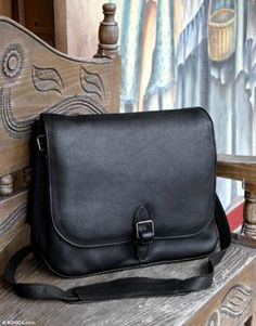 Leather briefcase, 'Executive Elegance' - Black Leather Briefcase Handmade in Mexico - http://www.fivedollarmarket.com/leather-briefcase-executive-elegance-black-leather-briefcase-handmade-in-mexico/