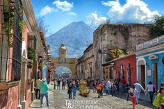 Calle del Arco, Antigua Guatemala by Dave Rojas on 500px