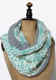 Minted Cowl