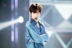 Baekhyun - 170531 UHD 'U Have A Dream' Congratulatory Show  Credit: 현재백현중.