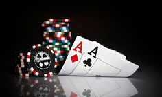The Early History Of Poker || Image Source: https://1.bp.blogspot.com/-b20NpQMZLL8/WPncwLYqqTI/AAAAAAAAAEk/up4jZQRxgDoTSGlMXaSwelsMTq2Scb99ACLcB/s400/1.jpg