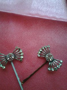 bobby pins and buttons