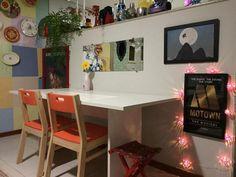 Blog Encantada: Uma sala linda com decoração afetiva.  #decor #decoracao #casa #sala #salaintegrada #apartamento