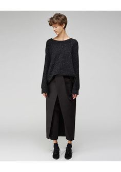 Alexander Wang / Front Tucked Skirt Pant - I think eccentric old lady me would dig the skirt-pant. Look Fashion, Autumn Fashion, Womens Fashion, Fashion Tips, Fashion Design, Fashion Hacks, Mode Style, Style Me, Looks Street Style