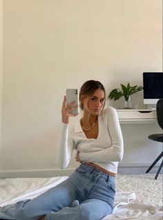 Daily Fashion, Ootd Fashion, Fashion Outfits, Street Fashion, Lifestyle Fashion, Fashion Beauty, Fashion Tips, Indie Outfits, Cute Casual Outfits