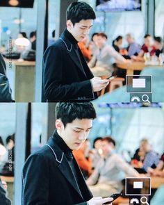 - [Preview] 《170305》 Sehun and Junmyeon at Incheon airport heading to Paris for Fashion Week. --♡-- © iridescent_boy {#sehun || #oohsehun || #ohsehun || #exo || #오세훈 || #세훈 || #엑소 || #セフン || #吴世勋 || #世勋 @oohsehun}