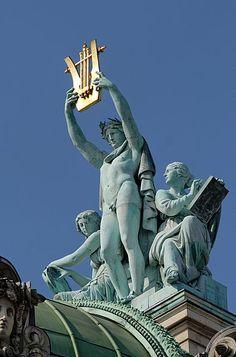 sculpture on top of opera garnier, paris