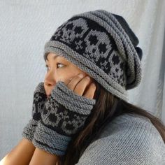 I wish this had a pattern. I might attempt colorwork for this hat ...