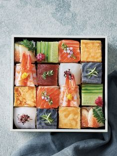 Japanese Food Sushi, Japanese Street Food, Sushi Love, Best Sushi, Gourmet Desserts, Gourmet Recipes, Plated Desserts, Cute Food, Yummy Food