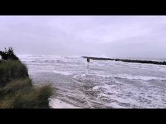 Sneaker wave south of Coos Bay: Caught on camera - YouTube (Coos Bay, Oregon Pacific North Coast 2:21 Jan 24, 2016 ... BE AWARE OF 'SNEAKER WAVES' !!!!!