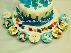 Jcakehomemade: Frozen birthday cake and cupcakes 冰雪奇緣蛋糕 December 11, The 5th Of November, Abc Kids Tv, Postman Pat, Cupcake Cakes, Cupcakes, Frozen Birthday Cake, Happy 5th Birthday, Candy House