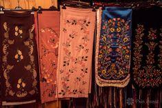 Cotrânţe - Colecţia etnografică Marius Matei Alexander Mcqueen Scarf, Costumes, Popular, Fashion, Moda, Dress Up Clothes, Fashion Styles, Fancy Dress, Popular Pins
