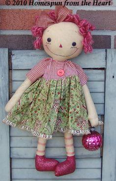Vintage Christmas Raggedy Ann Doll pattern. $5,50, via Etsy.