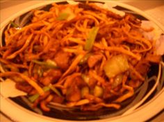 Shanghai Fried Noodles With Pork or Chicken from Food.com: asian MOD in culinary school one of many things i plan on cooking  								Quick and wonderful oriental dish.