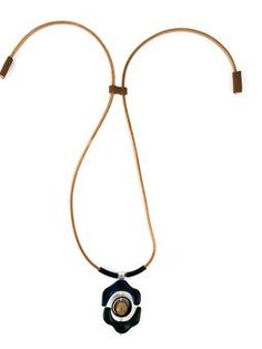 flower pendant necklace $533 #Farfetch #classic #MarniTopDesinger