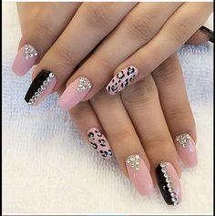 Nails acrylic designs bling Acrylic Nail Designs, Nail Art Designs, Acrylic Nails, Nails Design, Claws, Nail Ideas, Nail Colors, Hair Beauty, Polish