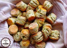 pogácsa a hűtőből kókuszzsírral European Dishes, Croissant, Winter Food, Pretzel Bites, Scones, Biscuits, Paleo, Potatoes, Snacks