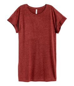 Dunkles Rostrot. Langes T-Shirt aus Jersey mit fixiertem Ärmelumschlag.