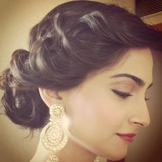 want this undo and these earrings too, creative bun for #nauvarisaree