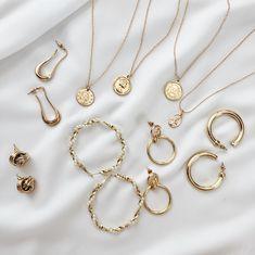 Belmto Minimal Gold Jewelry - Men's style, accessories, mens fashion trends 2020 Dainty Jewelry, Cute Jewelry, Gold Jewelry, Jewelry Accessories, Luxury Jewelry, Antique Jewelry, Fashion Bracelets, Fashion Jewelry, Pinterest Jewelry