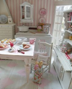 Cynthia's pretty pink miniature kitchen, love it!! ♥
