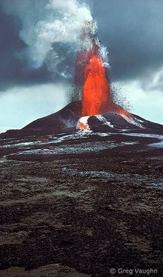 Pu'u O'o eruption.. Kilauea Volcano ~ Hawaii, U.S | Flickr - Photo by Greg Vaughn