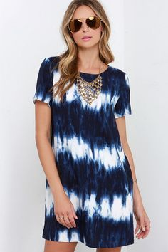 The airy Seawall Ivory and Navy Blue Print Shift Dress is as naturally gorgeous as waves crashing in the bay! Lightweight rayon fabric in a cute shift silhouette. Junior Dresses, Junior Outfits, Cute Dresses, Casual Dresses, Lulu's Dresses, Tie Dye Dress, Dress Up, Shirt Dress, Tye Dye