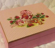 Vintage Strawberry Shortcake Musical Jewelry Box-Plays It's A Small World-Pink
