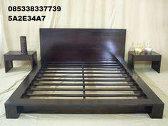 Tempat Tidur Solid berbahan baku kayu jati dengan model minimalis dan Desain ala dipan Jepang Harga murah terbaru berkualitas mewah