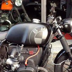 707 likes, 7 comments – Ottodrom Cafe Racer ( au … – Motorcycles Bike Bmw, Cafe Bike, Bmw Cafe Racer, Cafe Racer Motorcycle, Moto Bike, Classic Motorcycle, Honda Cb750, Ducati, Bmw Scrambler