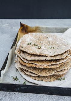 Swedish Knäckebröd with thyme and seeds — Nourish Atelier