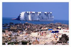 The stranded japanese car carrier Reijin by loco4locos